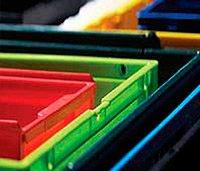 Поставка пластиковых поддонов и контейнеров